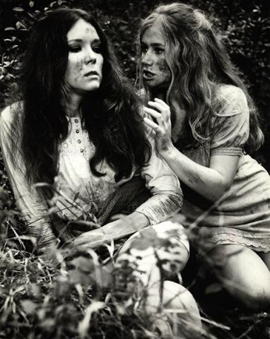 A Midsummer Night's Dream: Diana Rigg as Helena, Helen Mirren as Hermia