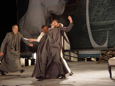 California Shakespeare Theatre; Julius Caesar Fights to the Death (3.1.76)