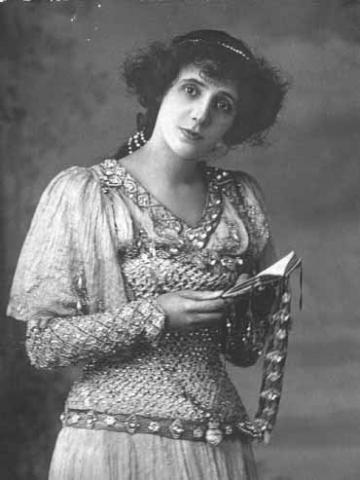 Hamlet, Mrs. Patrick Campbell as Ophelia, 1897