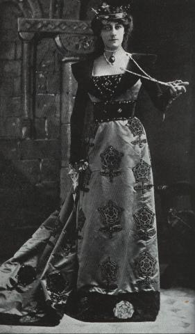 Henry VIII, Violet Vanburgh as Queen Katherine of Aragon, 1910