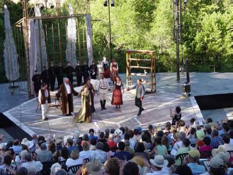 Shaw's Arms and the Man: California Shakespeare Theatre in Daylight