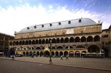 """Facade of the Palazzo della Ragione, Padua - """"Taming of the Shrew"""""""