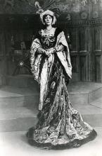 Henry VIII, Violet Vanbrugh as Queen Katherine